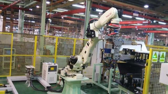 焊接设备机械手