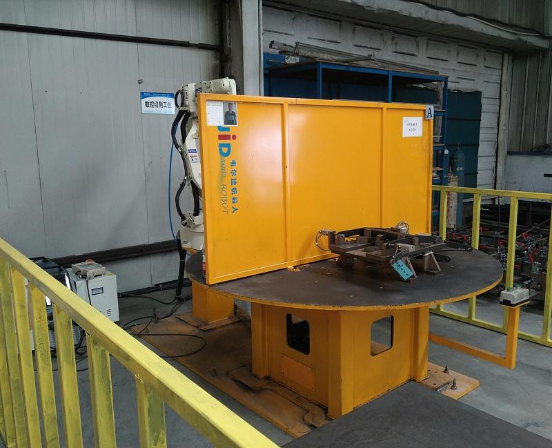 水平一轴焊接工作站