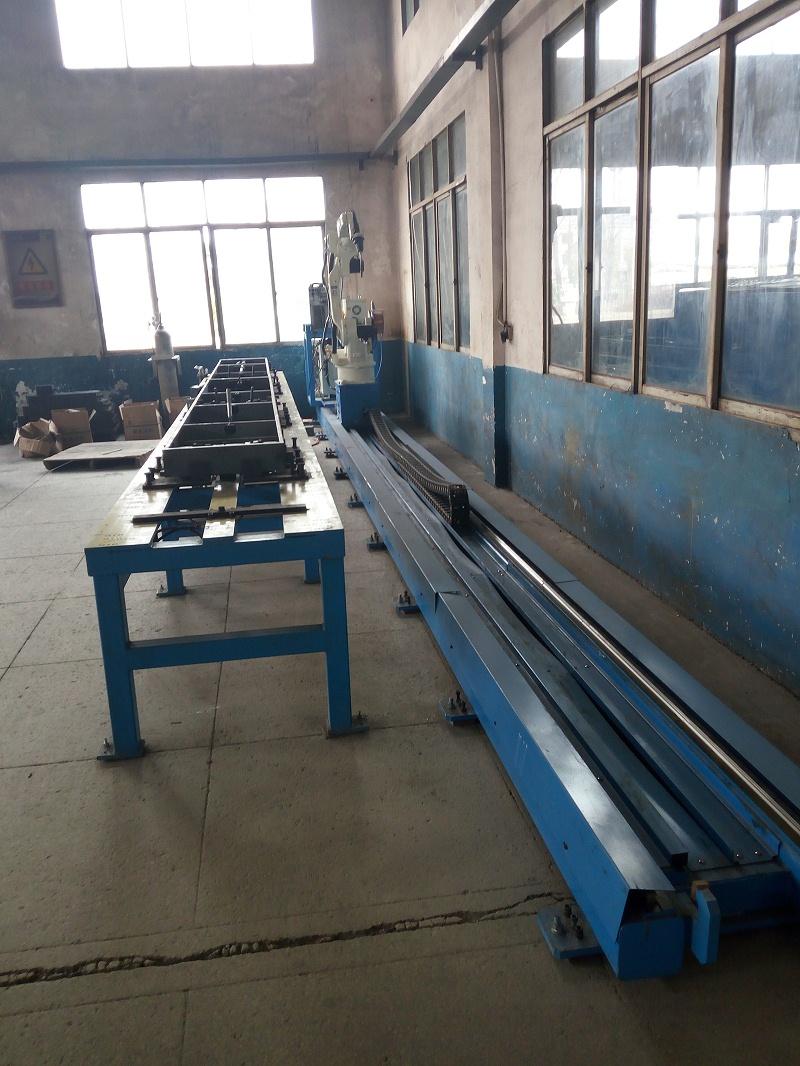 地轨焊接工作站2