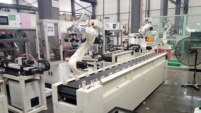 搬运机器人自动化生产线