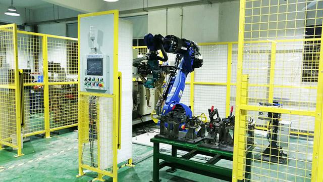 韦尔迪分享焊接机器人工作站有哪些特点!
