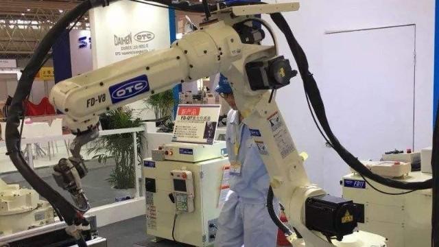 otc焊接机器人会炸枪吗?