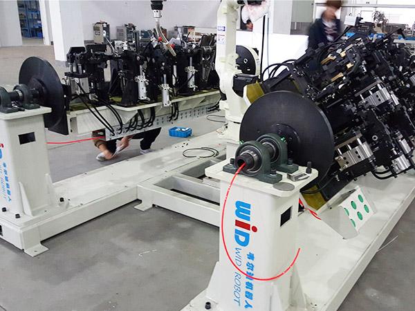 汽车零部件机器人双工位焊接工作站案例!