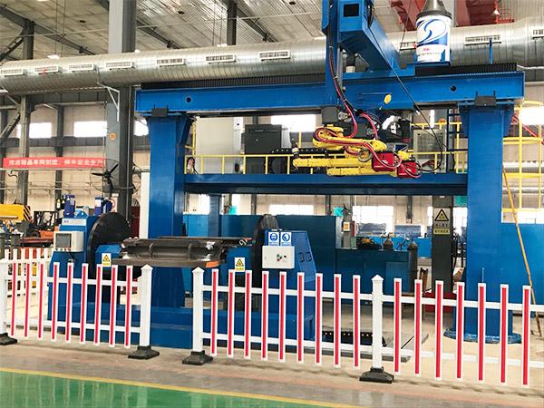 大型龙门双机器人吊装轨道工作站案例!